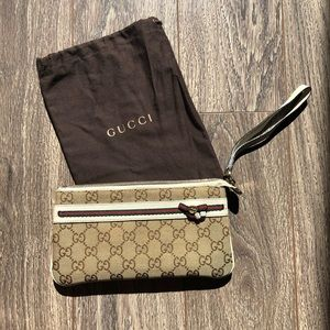GUCCI Monogram Web Bow & Interlocking G Wristlet